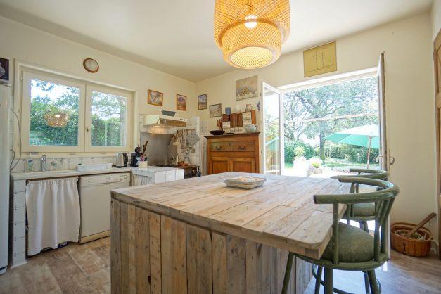location-vacances-villa-9-pièces-bidart-jardin-terrasse-calme-017-627x418-1